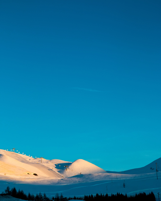 雪山の光景