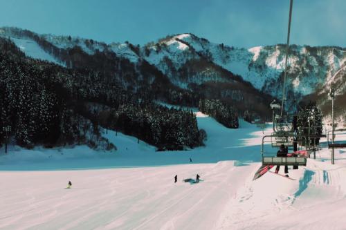 神立高原スキー場のリフトの様子