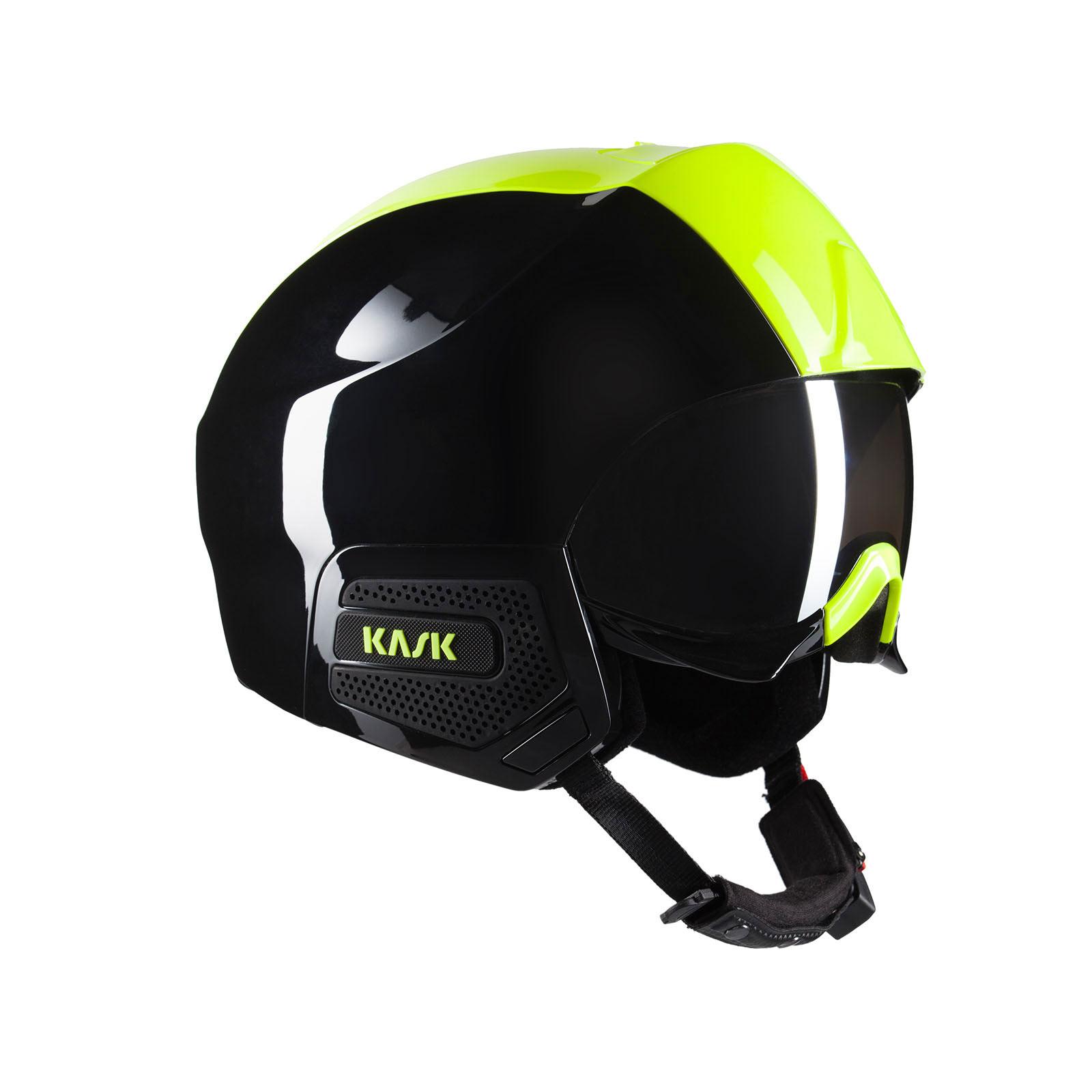 KASKのバイザー付きスキーヘルメットSTEALTH