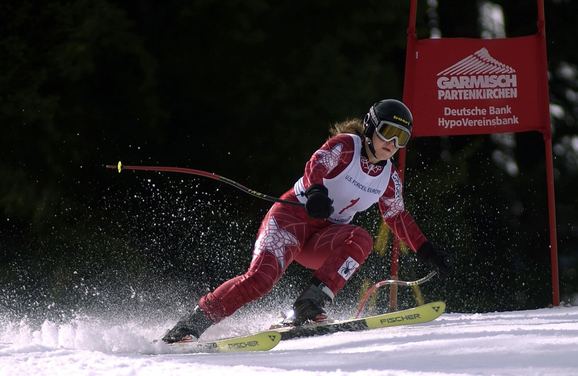 スキーハーフパイプとは何か。技の種類や練習法から五輪選手まで紹介